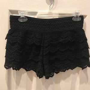 Jolt lace shorts